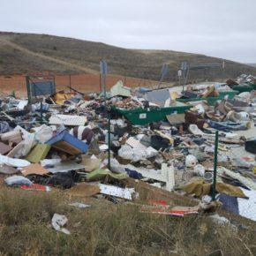Cs Belmonte denuncia el mal estado del punto limpio y solicita medidas 'urgentes'